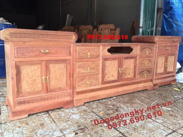 Tủ để Tivi kiểu hiện đại gỗ hương KTV68