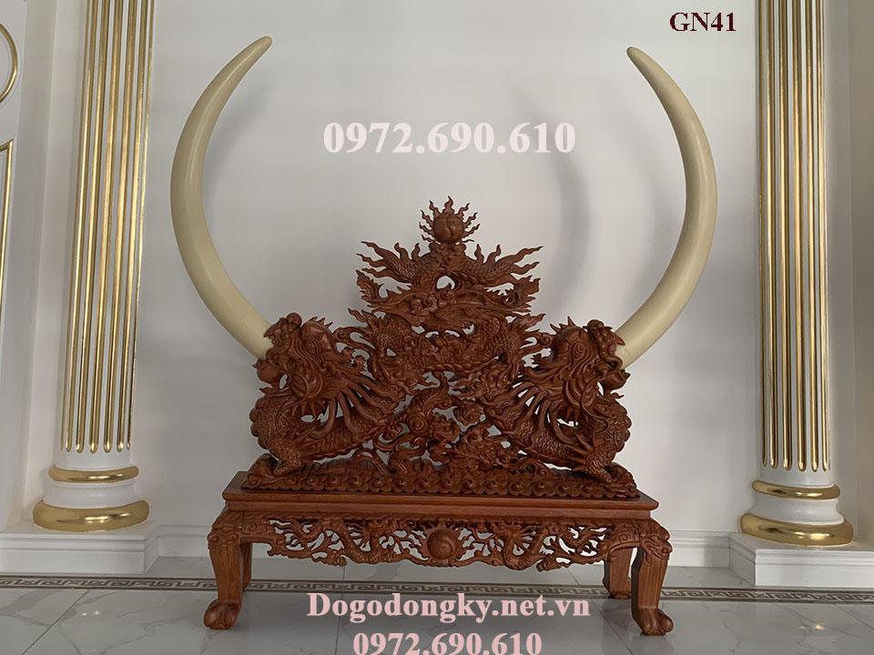 Kệ Gỗ Chạm Rồng Trưng Bày Ngà Voi – Mỹ Nghệ Phú Hải GN.41