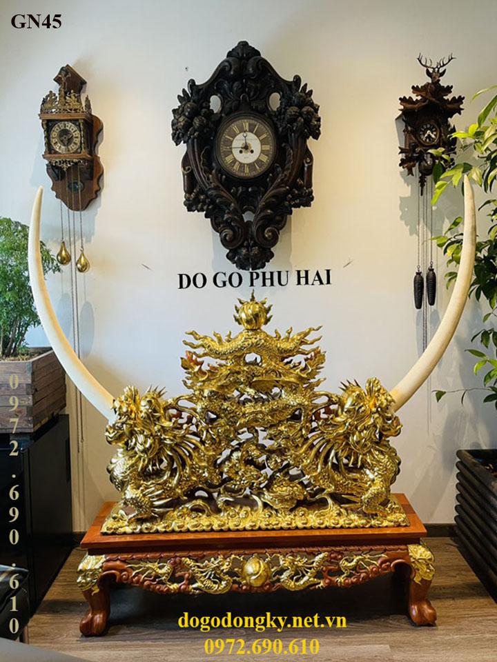 Bộ Kệ Gỗ Để Ngà Voi Dát Vàng Hàng Hiếm Cho Phòng Khách Vip GN45