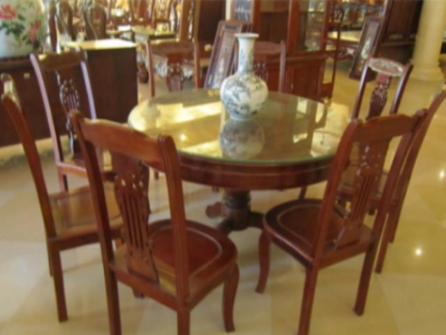 Bộ bàn ăn gỗ gụ Kiểu bàn Tròn BT37