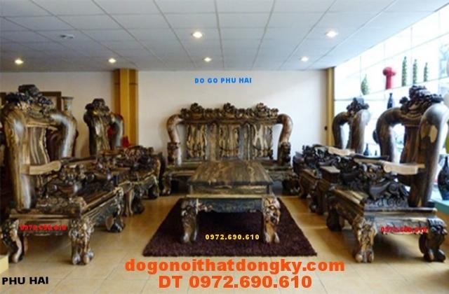Bộ bàn ghế gỗ mun giá tỷ đồng Tam Sư tử Vai 18 TS01