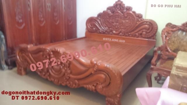 Giường ngủ đẹp kiểu hoa hồng gỗ gụ, Giường cưới GN39