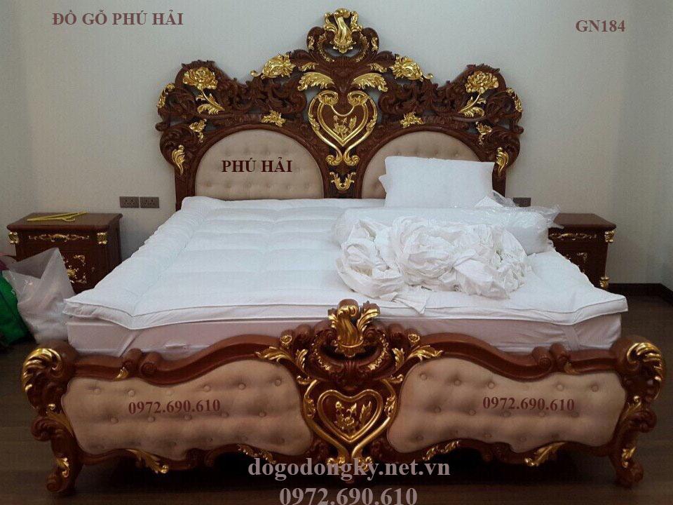 Bộ Giường Cô Dâu Dát Vàng | Giường Cưới Nữ Hoàng Siêu Sang Trọng GN184
